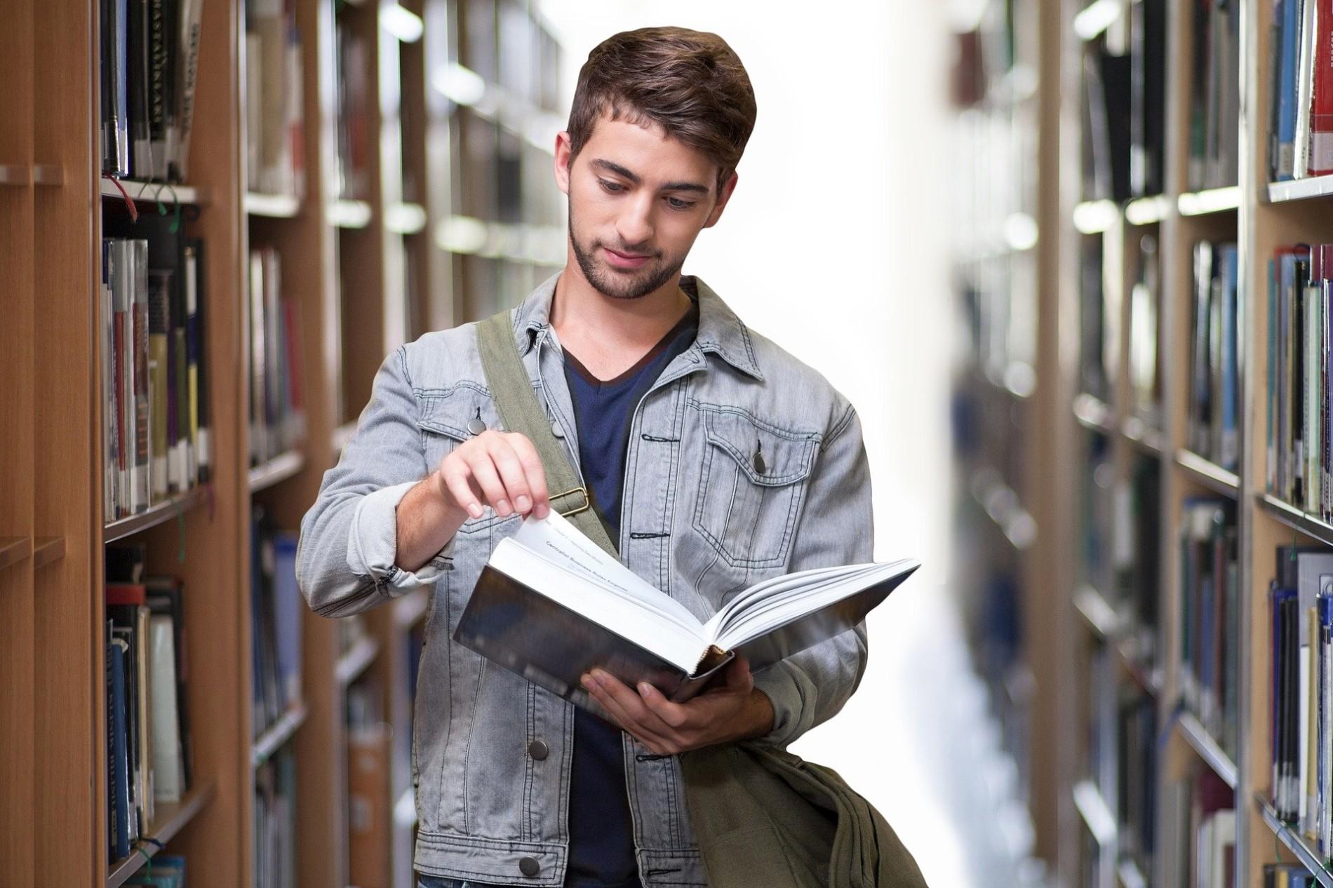 Abschlussarbeiten in der Streutalallianz (Foto: pixabay)
