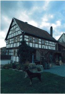 Herr Menninger erweckte das Fachwerkhaus in Reyersbach aus dem Dornröschenschlaf (Foto: Menninger)